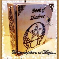 Libro delle ombre con Pentacolo